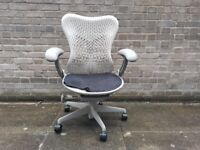 Herman Miller Mirra Task Chair. Fully Adjustable Ergonomic WFH/Hotdesk