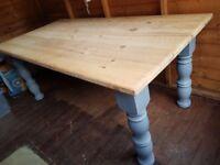 Large Rustic Country Farmhouse Solid Pine Painted Dining Table To Seat 8-10 BARGAIN
