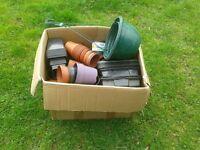 Box of plant pots - various sizes