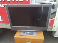 32 inch flat screen Tv with remote, HDMI ready £80