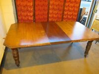 VICTORIAN SOLID OAK EXTENDING DINING TABLE WITH WINDER FREE DELIVERY