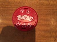 YAHTZEE - Classic Board Game - Compact