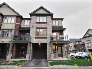 $485,000 - Townhouse for sale in Ancaster