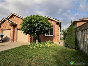 $299,000 - Semi-detached for sale in Stratford