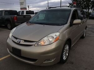 2008 Toyota Sienna XLE, Loaded; Leather, Alloys and More !!!! London Ontario image 2
