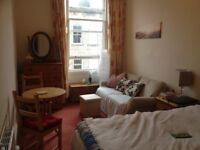 Stunning double room in the heart of Edinburgh