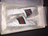 Brand new authentic Gucci slides white size 8 uk