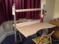 Brilliant Desk for urgent sale at a RIDICULOUSLY good price!
