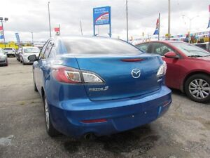 2012 Mazda MAZDA3 GS-SKY | ROOF | HEATED SEATS | BLUETOOTH London Ontario image 4