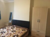 Bright& Airy Spacious Double Room