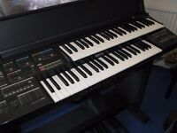 yamaha he 8 twin keyboard organ with bench in first class con hardly been used at a silly price