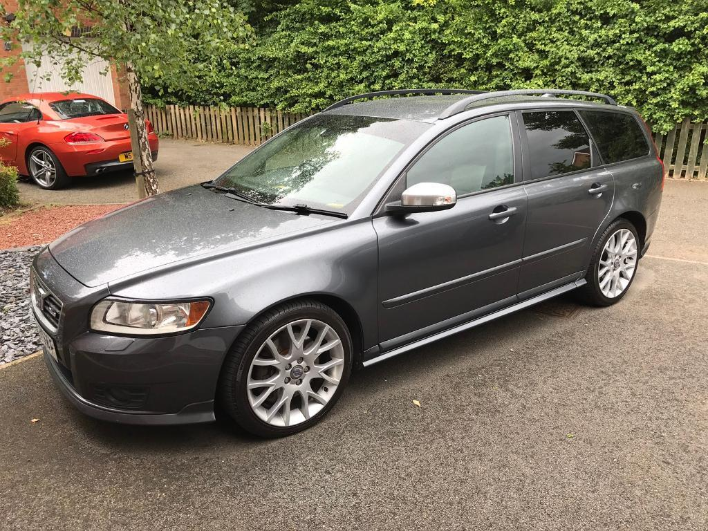 volvo v50 2 4 d5 r design diesel auto in walsall west midlands gumtree. Black Bedroom Furniture Sets. Home Design Ideas