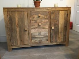 **BARGAIN** NEW OAK SIDEBOARD ( only purchased 2 weeks ago )