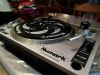 Numark dj record deck, Turntable