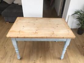 Dinning / kitchen table