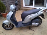 Honda PES 125 Moped 2009, excellent condition, 12 months MOT, recently serviced