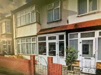 (DSS ACCEPTED) 4 BEDROOM HOUSE WITH 2 RECEPTION ROOMS OFF FULBOURNE ROAD