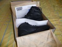 magnum Elite 900 leather ankle boots