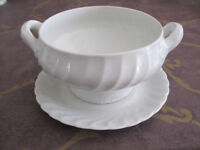 Large sauce boat with fixed saucer by Norwegian factory Porsgrund