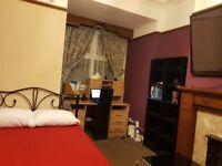 Luxury Double Room to Let in Nice House - All Bills and Wifi Included+Huge Kitchen in the House