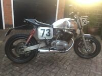 Yamaha XS500 Flat tracker custom cafe racer - black and silver