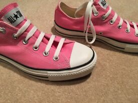 Pink Ladies Converse Size 8 Worn once, excellent condition