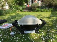 Weber Q 1000 Portable Gas BBQ Barbecue & cover