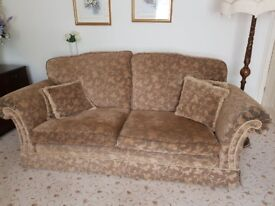 EX COND DURESTA SETTEE AND 2 CHAIRS