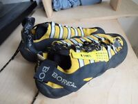 Boreal Lynx climbing shoe size UK 10 for sale. ONLY USED FOR 1 WEEKEND.