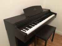 Used Yamaha CLP 840 Keyboard/Electric Piano
