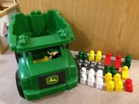 Duplo john deer truck & bricks