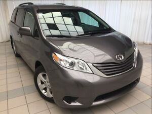 2017 Toyota Sienna LE: Damage Free, New Tires!