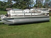 20' PONTOON BOAT, SCISSOR TRAILER, BOAT SHELTER, Ingleside, On