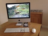 iMac 8.1 in excellent condition, including keyboard, mouse and Microsoft 2011 applications