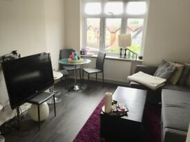 Flat available now in NW London - Zone 2!