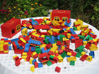 Large collection of assorted Duplo bricks and accessories. All in clean, unbroken condition.
