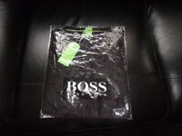 BRAND NEW WITH TAGS MENS HUGO BOSS T-SHIRT