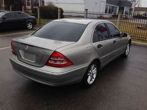 2004 Mercedes-Benz C240 4MATIC SPORTY VERY SMOOTH !!!!!!!!! London Ontario image 5