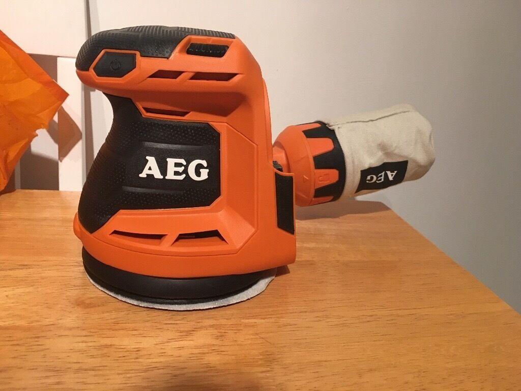 Aeg battery powered sander