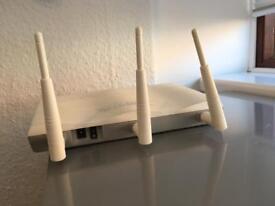 Draytek Vigor 2830n router