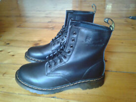 Dr. Martens 1460 8 Eye Leather Boots Black Nappa Soft Leather *New*