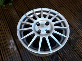 One Ford Zetec S15 inch alloy