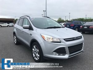 2015 Ford Escape SE **AWD, TOIT PANO, CAMERA, CUIR + WOW**