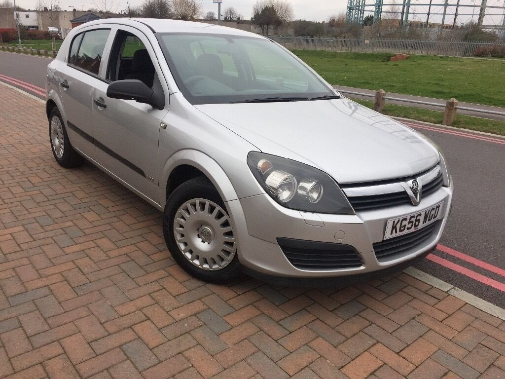 VAUXHALL ASTRA 1.4 LIFE 2006/56 REG 5 DOORS YEARS MOT CHEAP CAR
