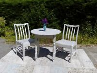 Lovely Bistro/Small Kitchen/Conservatory Table and 2 Chairs, Shabby Chic, Old White.