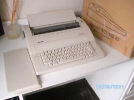 Olympia Splendid/MD/MD40 Electronic Typewriter
