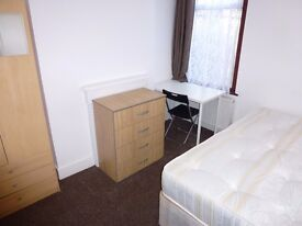 Single room with double bed available now in West Ealing W72EB for £145 per week