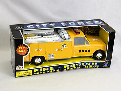 Vintage Funrise Metro Fire Rescue Ladder Truck 36 Yellow Model Toy NEW 02230