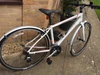 Ladies Specialized Vita Hybrid Bike in Pristine Condition