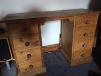 Solid wood desk *Delivery available